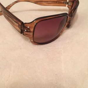 Women's Steve Madden Brown sunglasses w/ studs